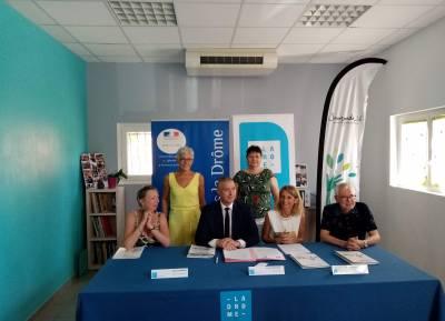 Signature du Plan Pauvreté par le Préfet de la Drôme et la Présidente du Conseil Départemental